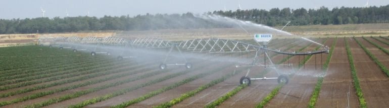 Pivot irrigators like the Centerstar 9000 are able to move easily over slopes to provide consistent crop coverage on flat and undulating landscapes alike.